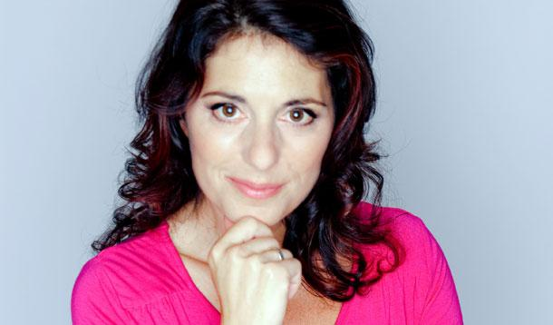 Meet the Host of the #SocialforGood Awards  – Erica Ehm of @YummyMummyClub