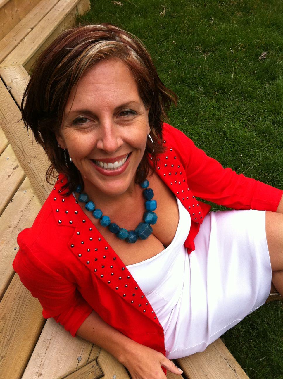 Meet Conference Panelist Julia Rosien of SocialNorth
