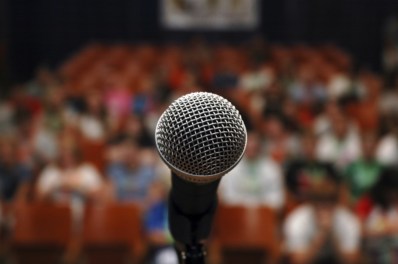 13 tips for stage fright to put you at ease in the spotlight
